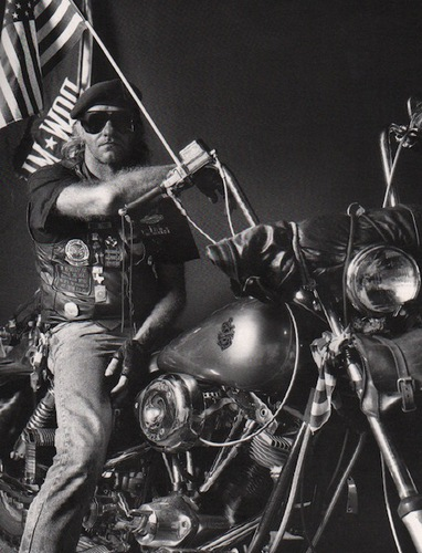 VERMES, Philippe. Straigntening Out the Corners: Portraits of American Bikers and their Bikes.