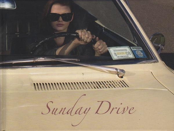 SMALLEY, Luke.Sunday Drive.
