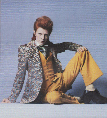 ALESSANDRINI, Paul. David Bowie: Artiste, Musicien, Acteur, Superstar.